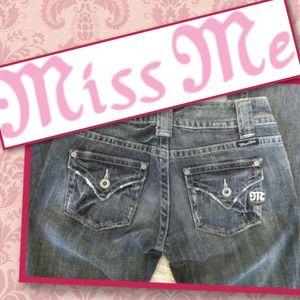 *MISS ME* Sz 26 Black Bootcut Jeans - HOT 😍❤