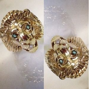 10k gold lion ring