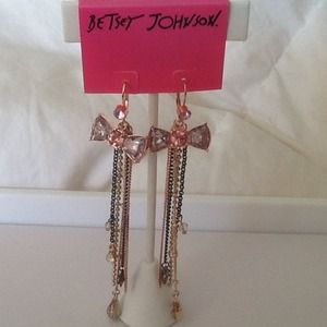 New Betsey Johnson Crystal Bow Earrings