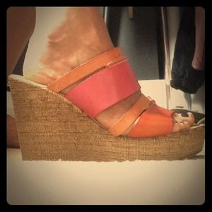 Sotto Sopra Shoes - Italian strappy leather wedge sandals