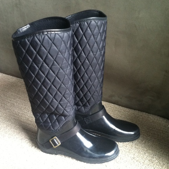 68 Off Sperry Boots Sperry Top Sider Black Quilted Rain