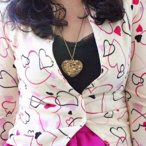 Forever 21 Jewelry - Forever 21 Gold Heart Pendant Necklace