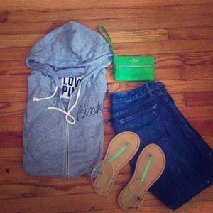 ✨Bundled ✨PINK by VS Wear Everywhere™ Hoodie