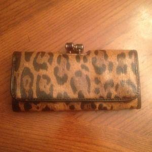 NWOT Cheetah Wallet