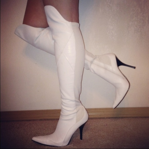 Boots - Hot Over The Knee White Leather Boots 5f6832a892fa