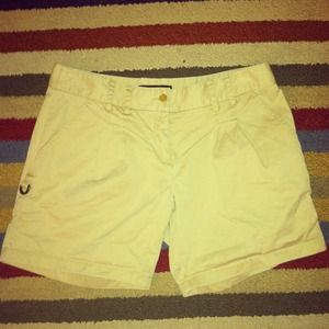 *BCBG* Khaki Shorts Sz 4 - Comfortable & Cute! 🎀