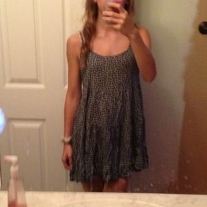 Brandy Melville Dresses - Brandy Melville Jada Dress NWT