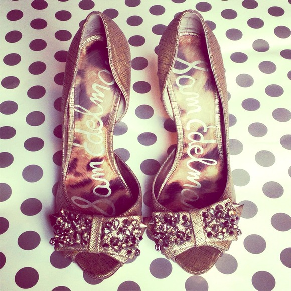 🚫RESERVED🚫Sam Edleman Studded Bow Heels