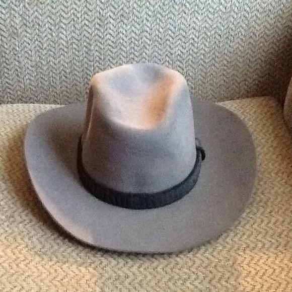 VINTAGE STETSON XXX WESTERN BOWLER HAT. M 52dd53b81139e168b00bf811 9c87fc39d01