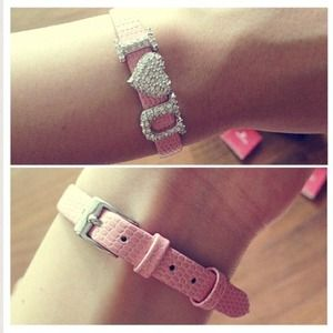 Swarovski Jewelry - 💕Swarovski💕I heart you bracelet💕