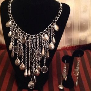 Jewelry - 🎄Sassy Looking Fine Jewelry for all occasions