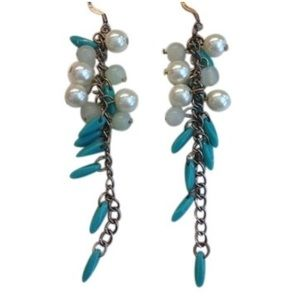 Banana Republic Jewelry - Banana Republic faux pearl earrings