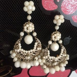 Jewelry - Chandelier earrings