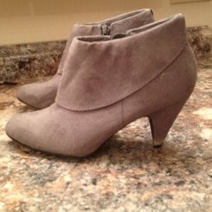 Boots - Grey ankle boots