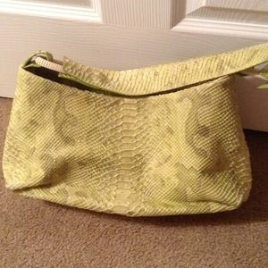 Handbags - Great Accent Bag- Lime/ Gold REDUCED TODAY😀😀😍