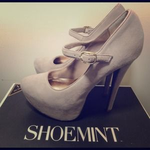 Shoemint Edith Blush Heels
