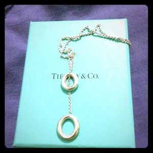 Original lariat necklace from Tiffany and Co