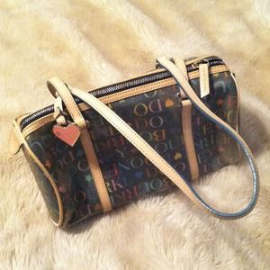 *MUST GO!* Dooney & Bourke bag!