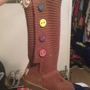 Brown Classic Cardy UGGS w/ colored buttons