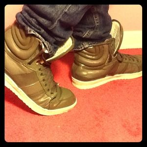 J75 Shoes - ⛄️❄️J75 ARMY GREEN high tops