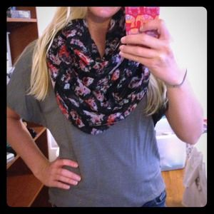 ❌✔SOLD! Charlotte Russe floral infinity scarf