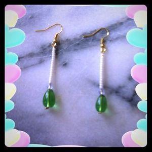 Green teardrop earrings~