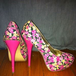 3fffa51248a6 FH Shoes - ✂❗♥Hot pink floral heels ♥❗✂