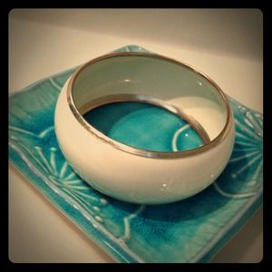Gold & Cream Bangle