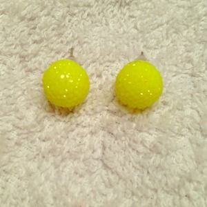 Jewelry - sparkly neon yellow studs