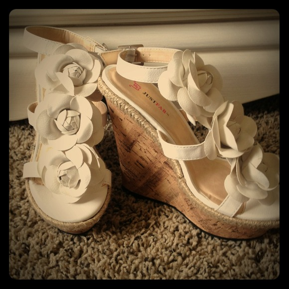 Shoes white flower wedges poshmark white flower wedges mightylinksfo