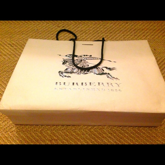 53b5ad30ed4 Burberry Accessories   Shopping Bag On Sale   Poshmark