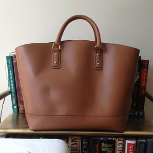Bags - ON HOLD Cognac leather shopper