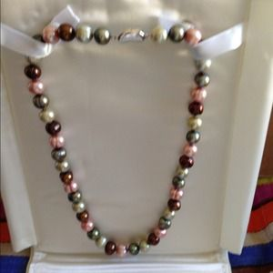 Honora genuine freshwater pearls