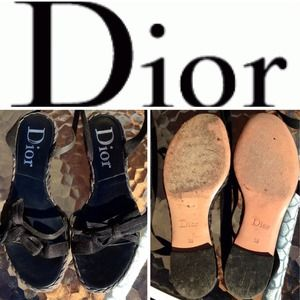 30% OFFCHRISTIAN DIOR Black Ankle Wrap Sandals