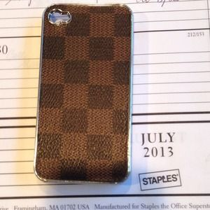 Really cute iPhone 4 or 4S case