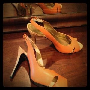 Guess Orange Slingback heels size 8.5