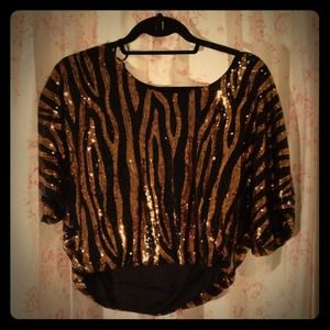 Cropped sequin zebra print top