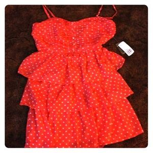 Tiered dress size m