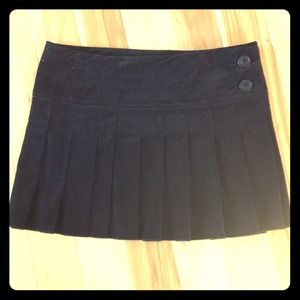 Forever 21 Black Pleated Miniskirt S