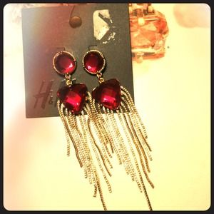 H&M hot pink/ruby with gold dangles earrings