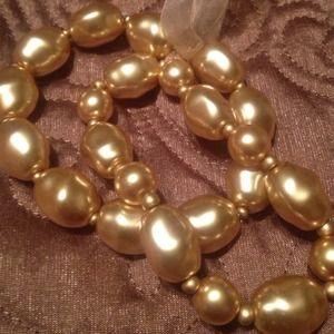 Jewelry - Gold Pearl Bracelets