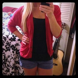 ❌✔ SOLD! American Eagle red button up sweater