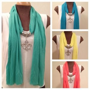 Accessories - NEW Fleur de Lis Scarf
