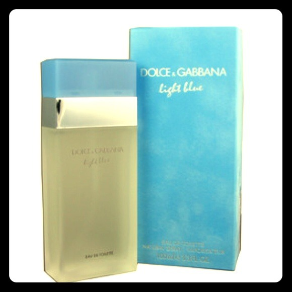 25 off d g accessories d g light blue eau de toilette. Black Bedroom Furniture Sets. Home Design Ideas