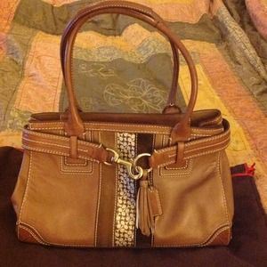 Reduced!!! Cognac leather Coach handbag