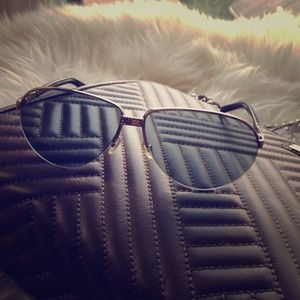 NWOT Authentic Valentino Aviator swavorski shades