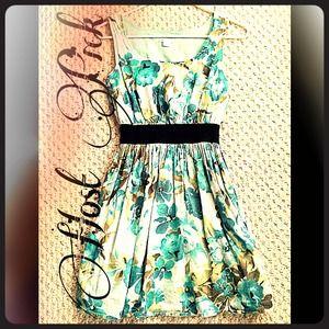 HOST PICK x2!! Floral cinched dress