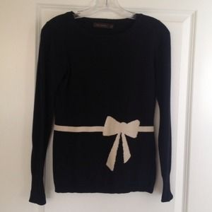 The limited bow sweater