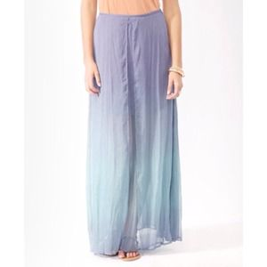 Forever 21 Dresses & Skirts - 🚫SOLD🚫Layered Ombre Maxi Skirt