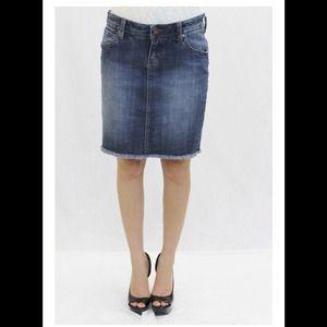 ⚡️⚡️Precious Dish Jeans Mini Skirt - Size 27